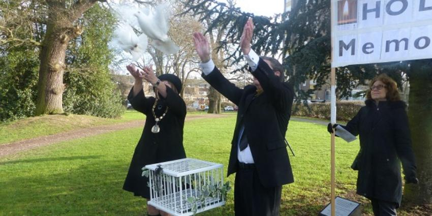 Releasing the symbolic peace doves