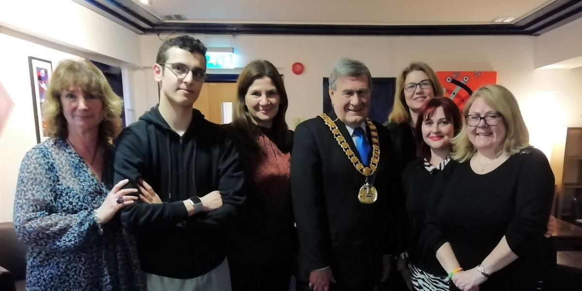 Mayor's Quiz Night raises hundreds for local charity Potential Kids