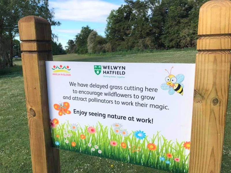 Delays to grass cutting signage