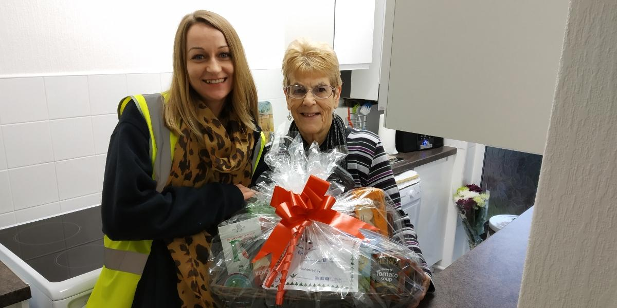 Hampers spread seasonal cheer